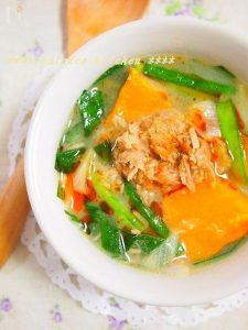 ツナとかぼちゃの坦々スープ
